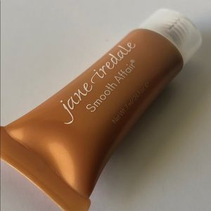 5 FOR $25! JANE IREDALE Smooth Affair